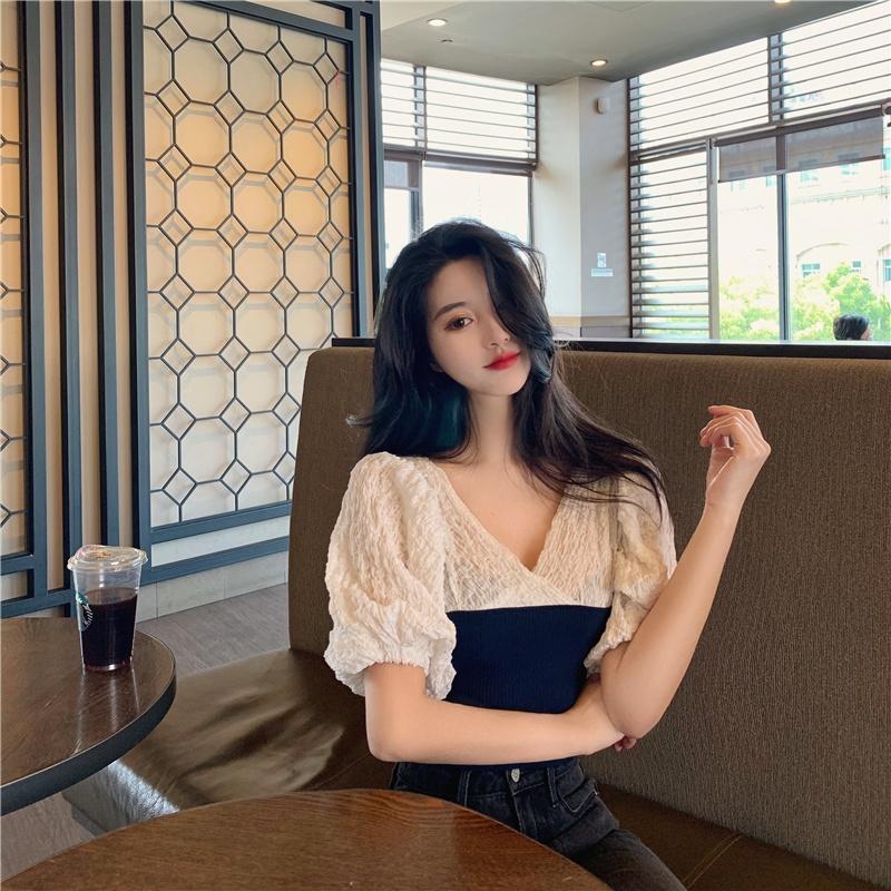 韓版 - 褶皺拼接泡泡袖上衣