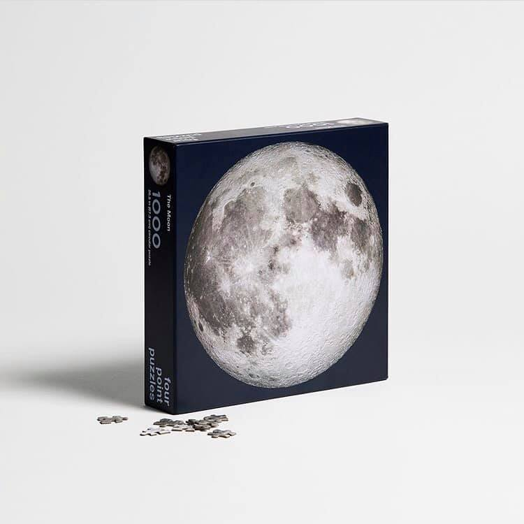 Four Point Puzzles| The Moon 絕美月球拼圖 (現貨) Apollo 11 登月五十週年紀念版+加贈太空人小夜燈