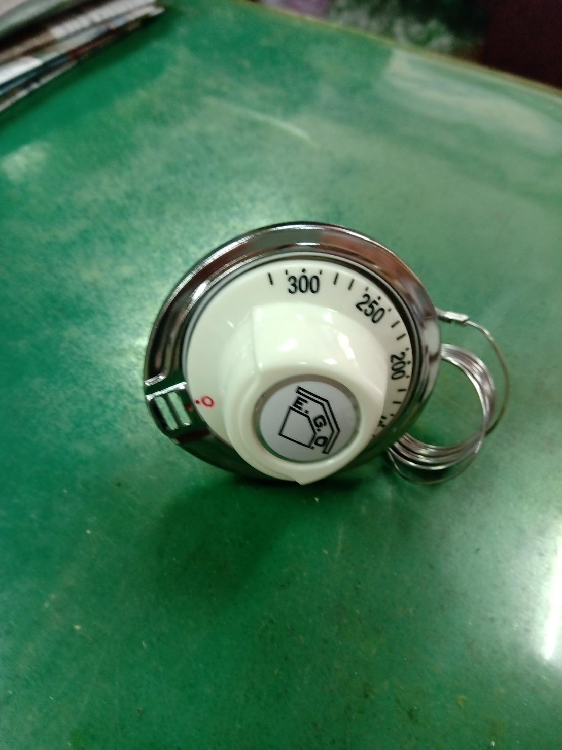 EGO德國製造 3PIN腳 50~300度 液漲式溫度開關白色旋鈕